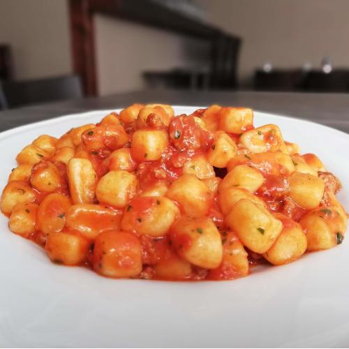 gastronomia-donna-elisa-gnocchi-di-patate-rustici