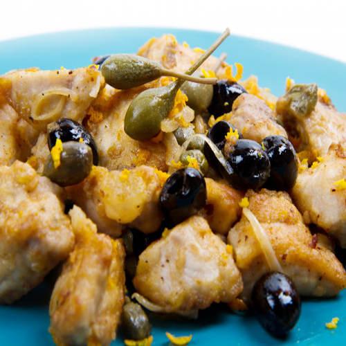 pesce spada con cappero e olive