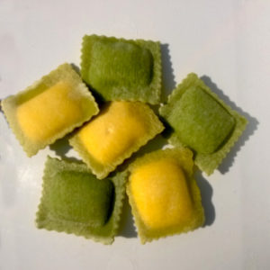 donna-elisa-Ravioli-Bicolore-giallo-verdi